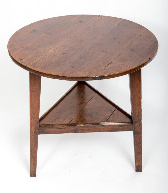 Early 18th Century Oak Cricket Table. England, circa, 1800 For Sale 1