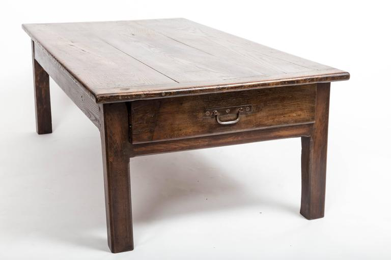 Early 19th Century Chestnut Coffee Table, France, circa 1840 For Sale 4