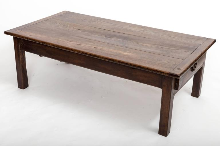 Early 19th Century Chestnut Coffee Table, France, circa 1840 For Sale 5