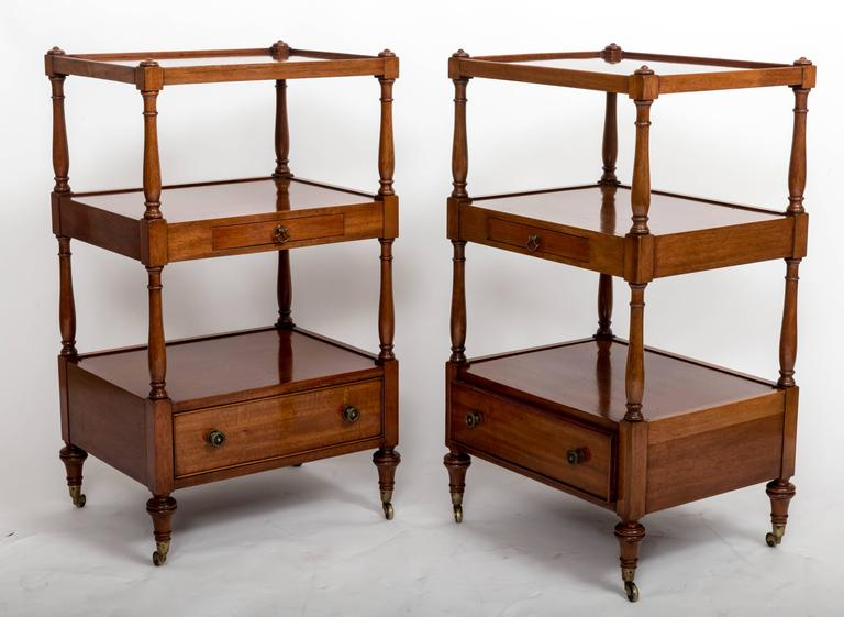 Pair of Three-Tier Bedside Etageres, England, circa 1830 In Good Condition For Sale In East Hampton, NY