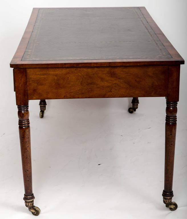 Early 19th Century William IV Mahogany Writing Table, England, circa 1830 4