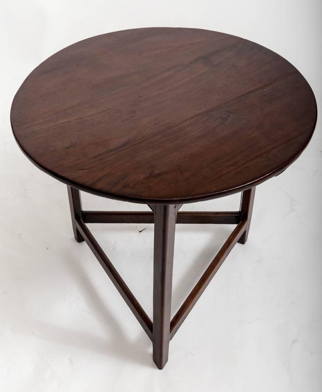 18th Century Mahogany Cricket Table, England, circa 1780 For Sale 1