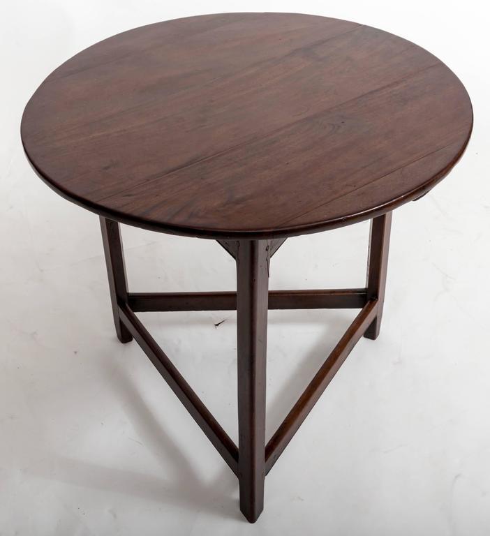 18th Century Mahogany Cricket Table, England, circa 1780 For Sale 2
