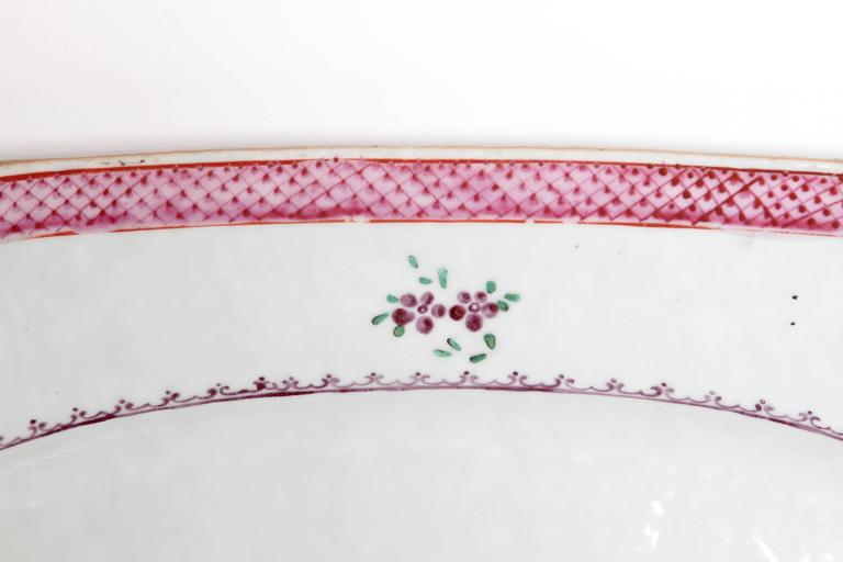 Chinese Export Platters / Hand-Painted Floral Decoration 3
