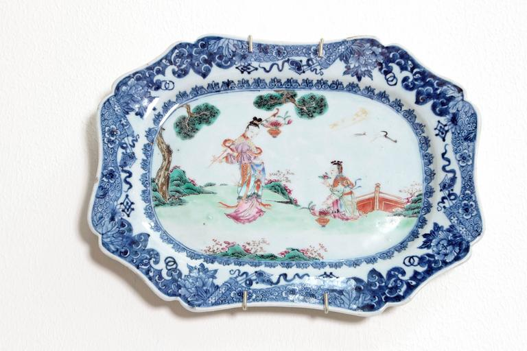 Chinese Export Porcelain Platters For Sale 3