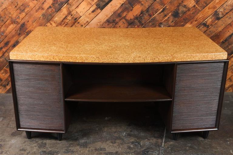 Rare Mid-Century Cork and Mahogany Desk by Paul Frankl for Johnson Furniture For Sale 3