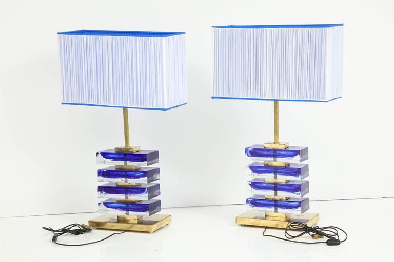 Impressive Pair of Italian Blue and Clear Murano Glass Block Lamps For Sale 2