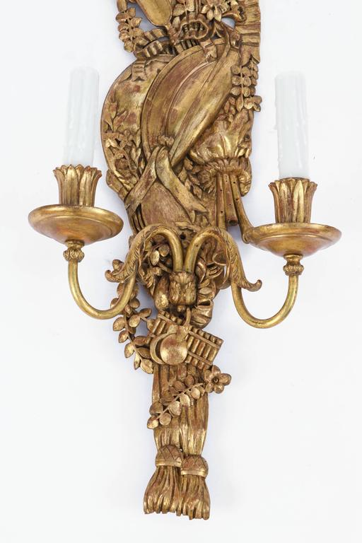 Late 19th Century Pair of Italian Carved Giltwood and Bronze Sconces In Excellent Condition For Sale In Los Angeles, CA
