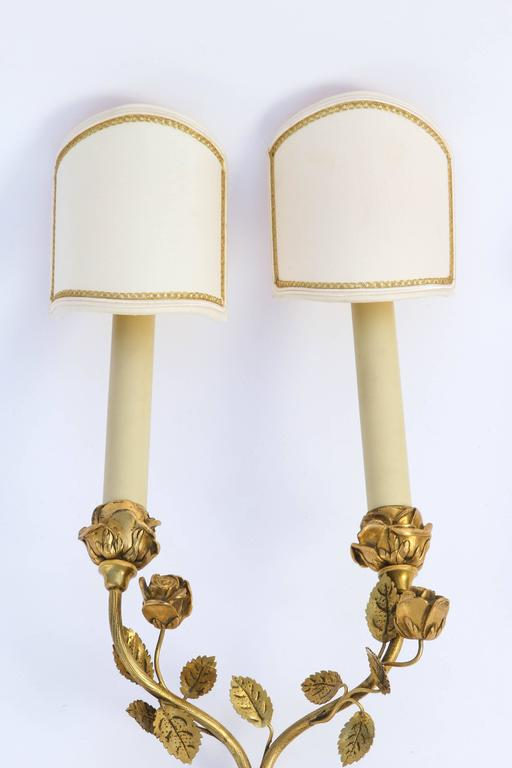 1900s Pair of French Doré Bronze Two-Arm Wall Sconces In Excellent Condition For Sale In Los Angeles, CA