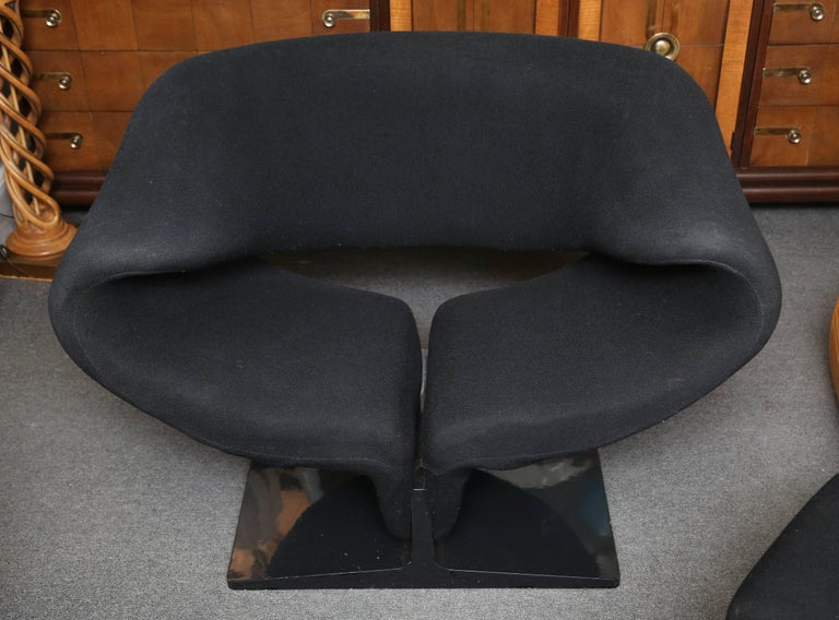 Pierre Paulin Ribbon Chair with Ottoman 3