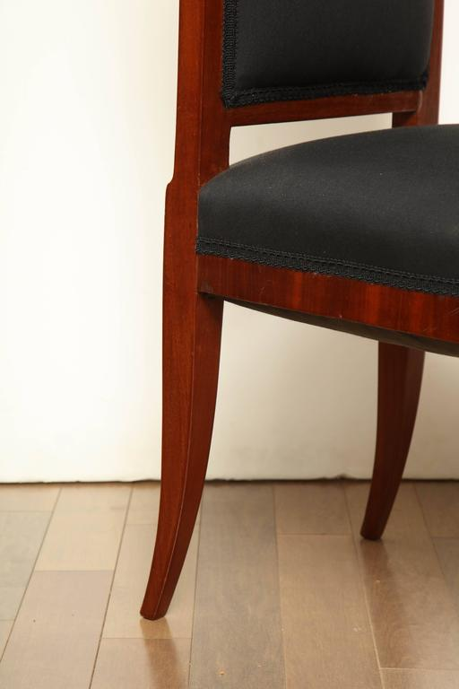 Early 19th Century Northern European, Mahogany Side Chair In Good Condition For Sale In New York, NY