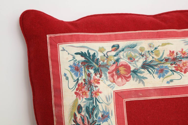 Vintage floral trim pillow.