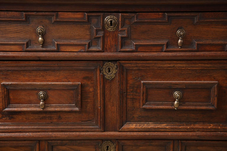 18th Century and Earlier 18th Century English Oak Chest For Sale