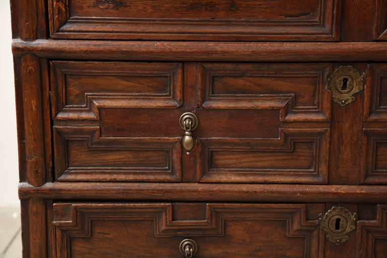 Wood 18th Century English Oak Chest For Sale