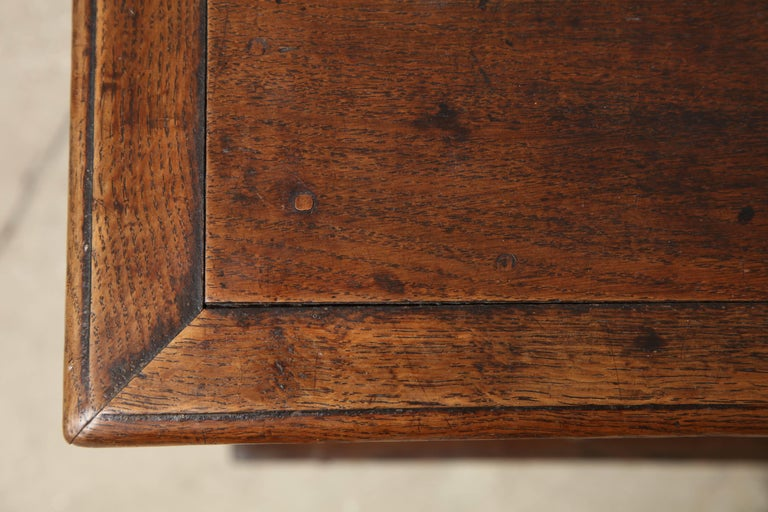 18th Century English Oak Chest For Sale 3