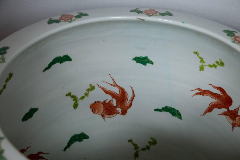 20th Century Pair of Chinese Porcelain Fish Bowls For Sale