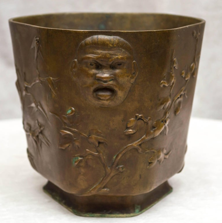 Austrian Japonesque Bronze Cache Pot by Berndorf, Austria, circa 1890 For Sale