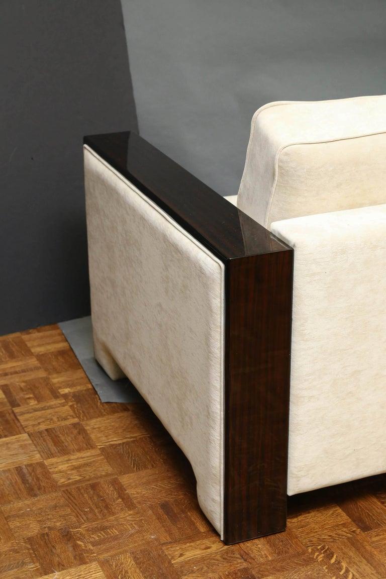Italian Mid-Century Sofa in Walnut For Sale 1