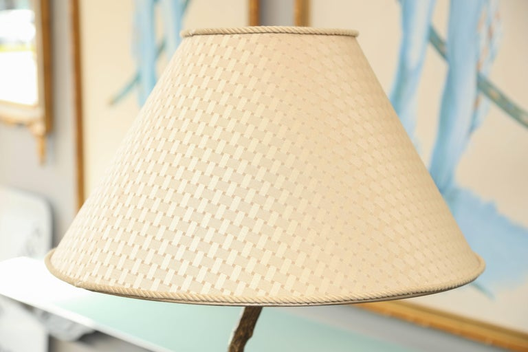 Giacometti Inspired Mid-Century Hammered Brass Floor Lamp For Sale 2