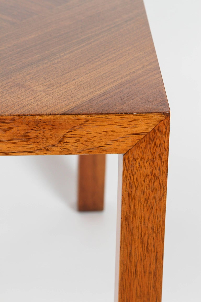 Mid-Century Walnut Nesting Tables from Lane In Excellent Condition For Sale In Pasadena, CA