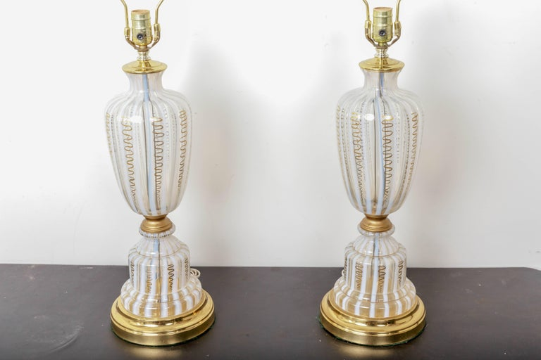 Brass Pair of Vintage Murano Urn Shape White and Clear Glass Lamps with Gold For Sale