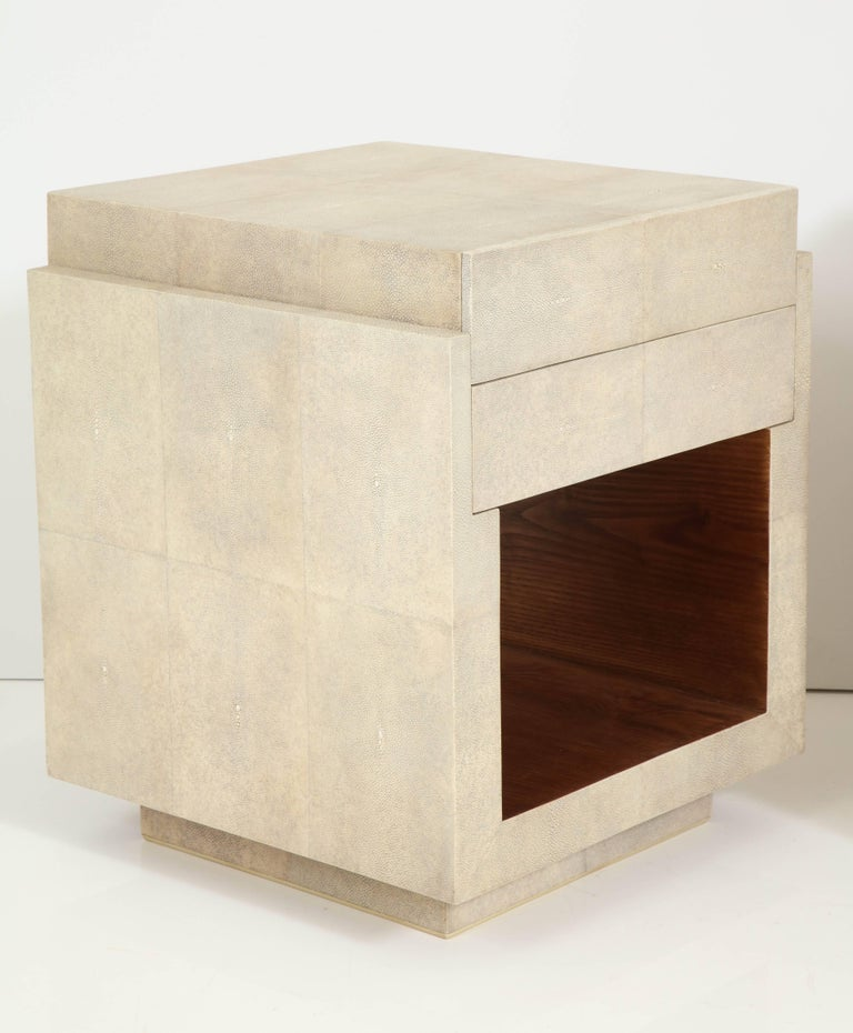 Hand-Crafted Shagreen Bedside Tables or Side Tables, Cream Color Shagreen & Palm Wood Details For Sale