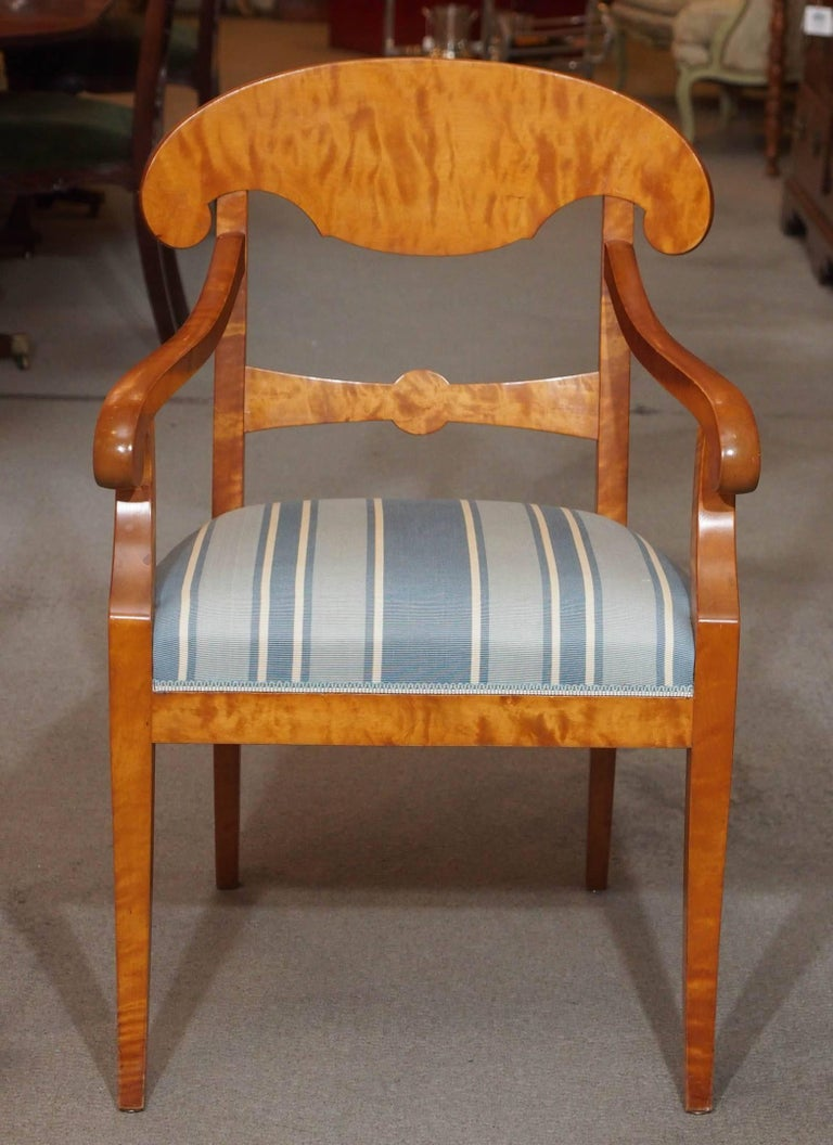 Pair of Antique Swedish Biedermeier Satin Birch Armchairs In Good Condition For Sale In New Orleans, LA