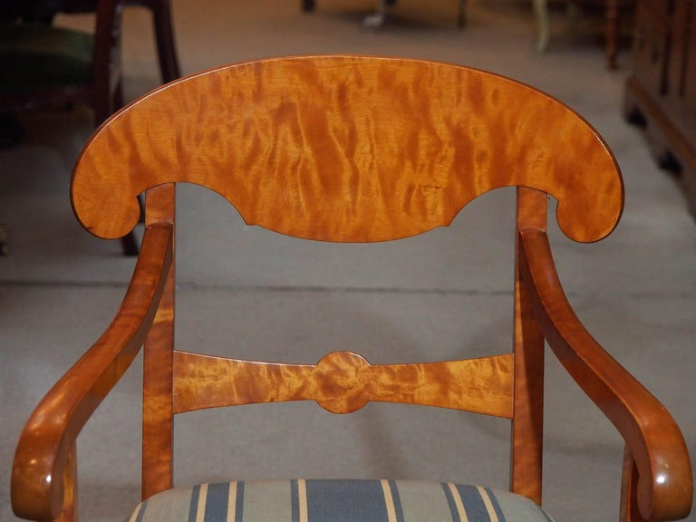 Mid-19th Century Pair of Antique Swedish Biedermeier Satin Birch Armchairs For Sale