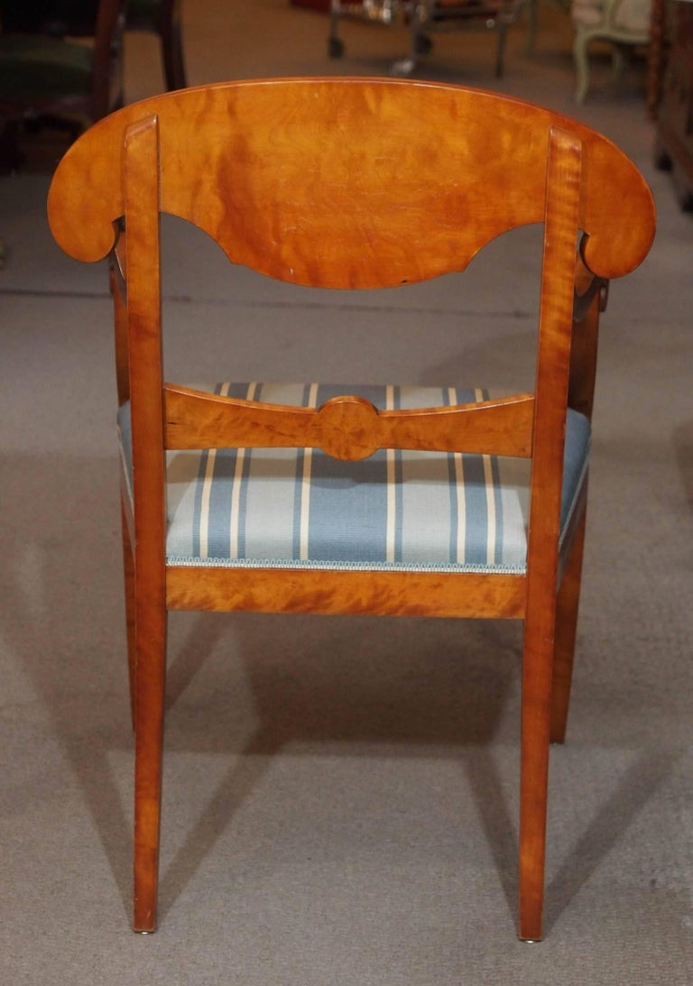 Pair of Antique Swedish Biedermeier Satin Birch Armchairs For Sale 4