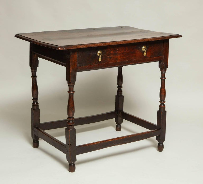 Early 18th Century English Oak Side Table 6