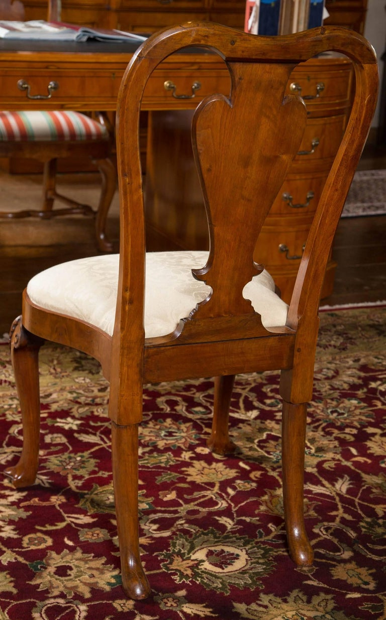 18th Century and Earlier Rare Set of Six George II Figured Walnut Dining Chairs For Sale