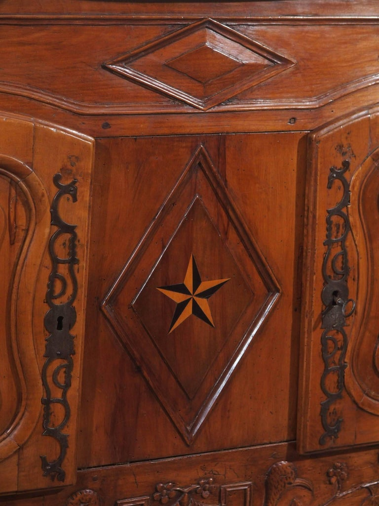 Late 18th Century 18th Century French Walnut Carved and Inlaid Sideboard, circa 1770 For Sale