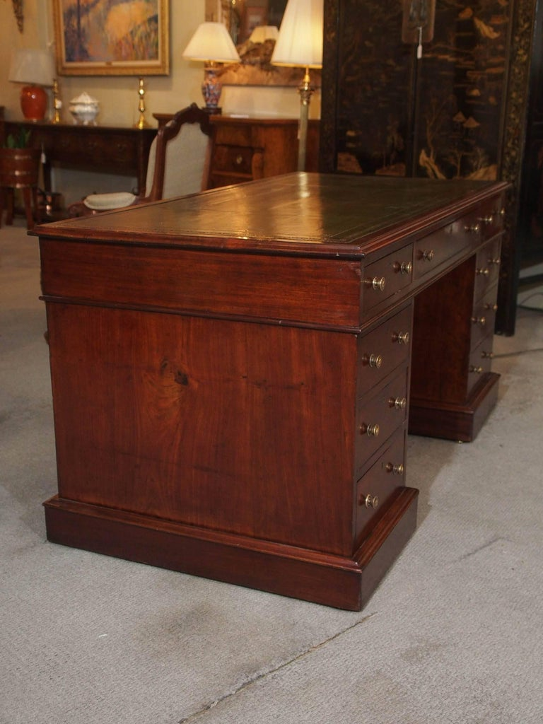 Antique English Mahogany, Leather Top Pedestal Desk, circa 1850 For Sale 2