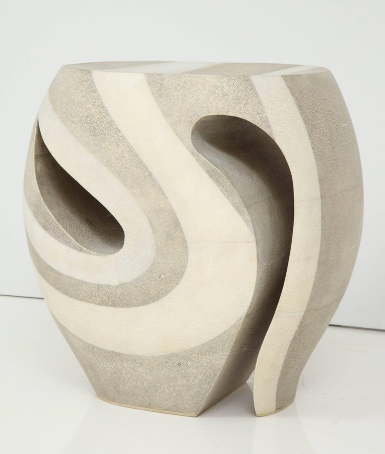 Decorative shagreen art item as a stool or side table. Beautiful curves done in natural and white color shagreen.