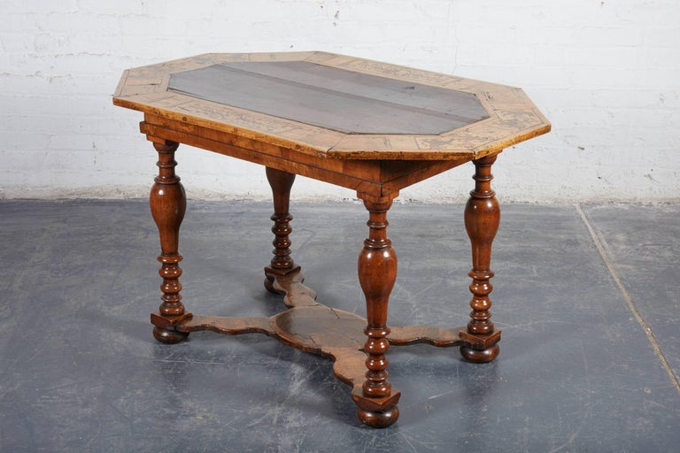 Late 17th Century French Laburnum and Marquetry Centre Table For Sale 4