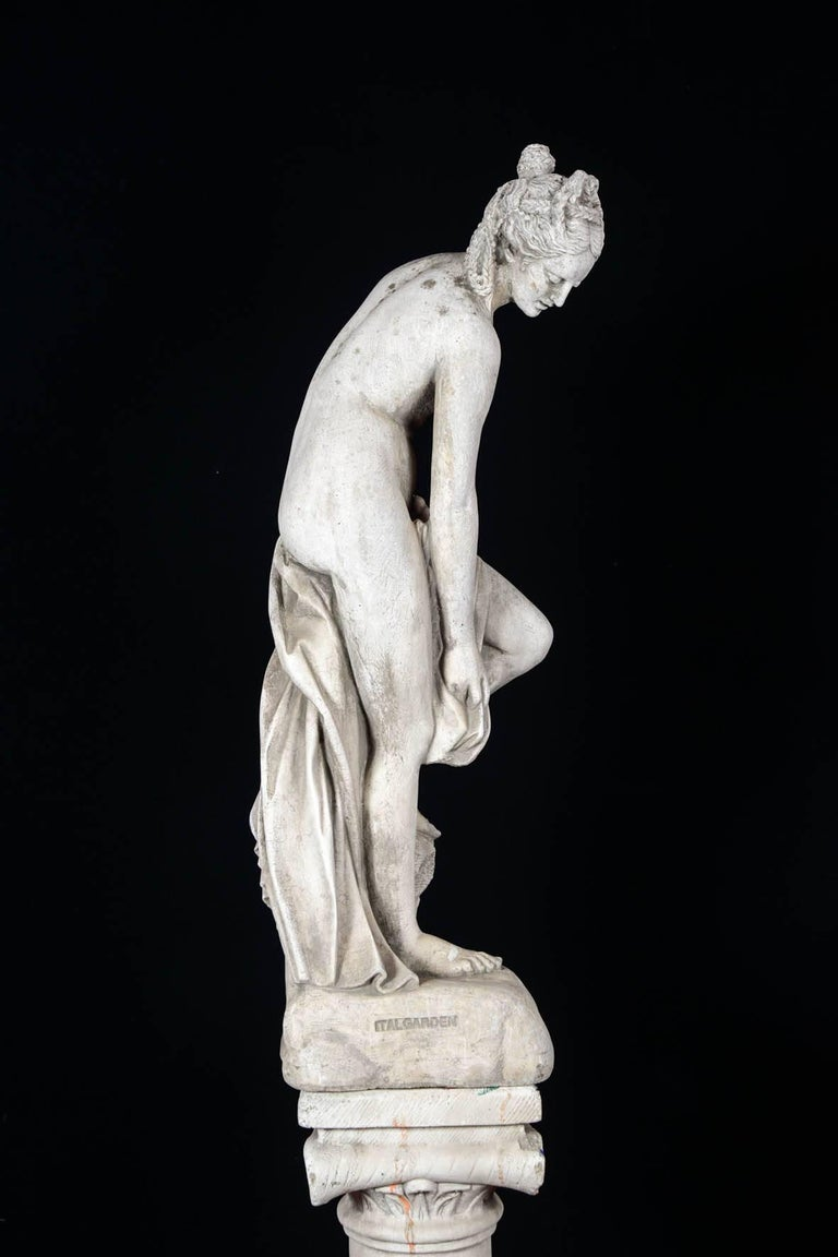 Sculpture in Concrete of a Bather Exiting Her Bath, 20th Century For Sale 3