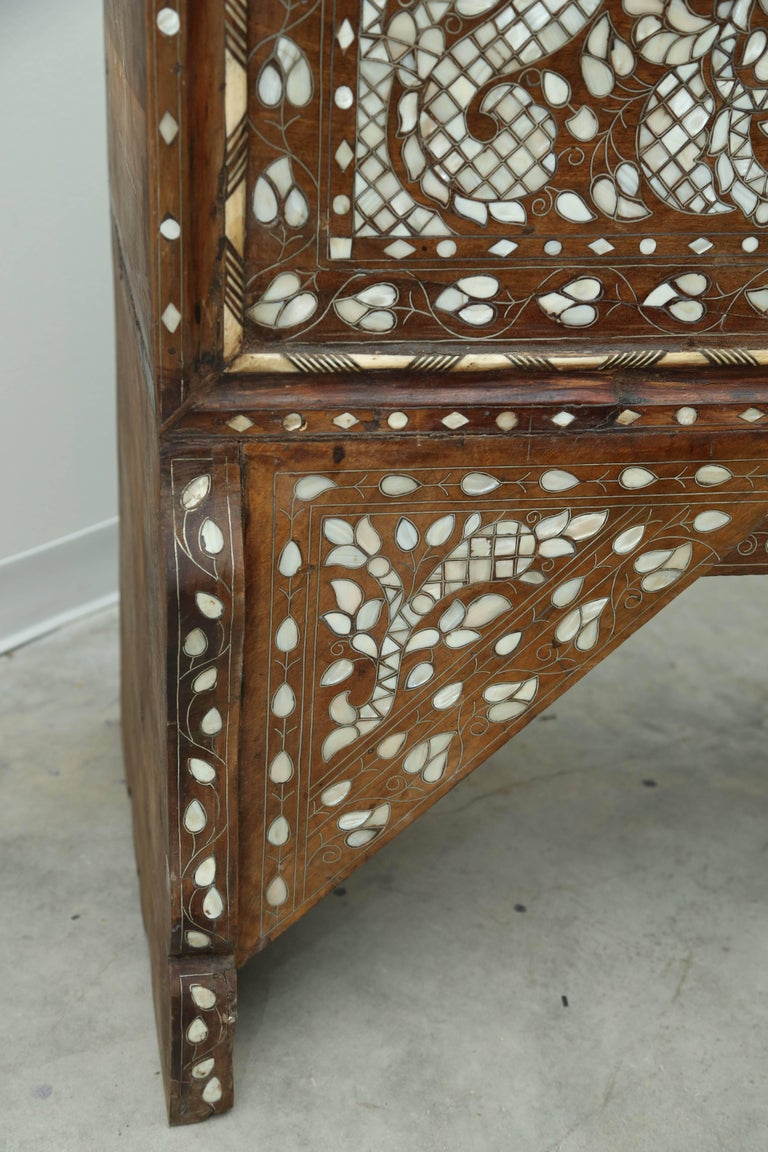 Superb 19th Century, Mother-of-Pearl Wedding Chest from Syria For Sale 4