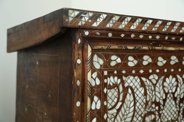 Superb 19th Century, Mother-of-Pearl Wedding Chest from Syria For Sale 5