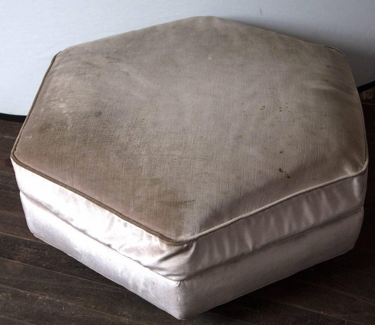 Hexagonal Upholstered Ottoman In Excellent Condition For Sale In Stamford, CT