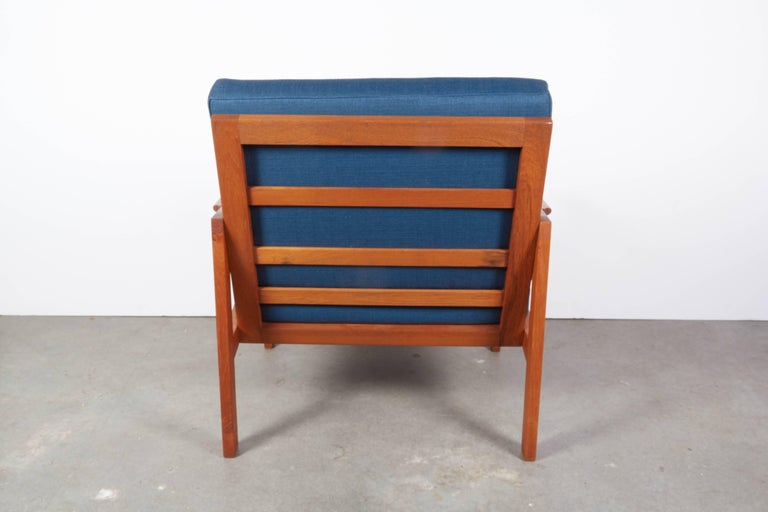Teak Danish Armchairs by Illum Wikkelsø, Pair 8