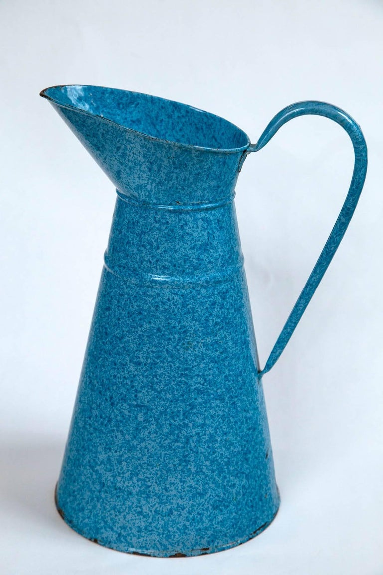 Vintage French Enamelware Pitcher, circa 1920 In Good Condition For Sale In Chappaqua, NY
