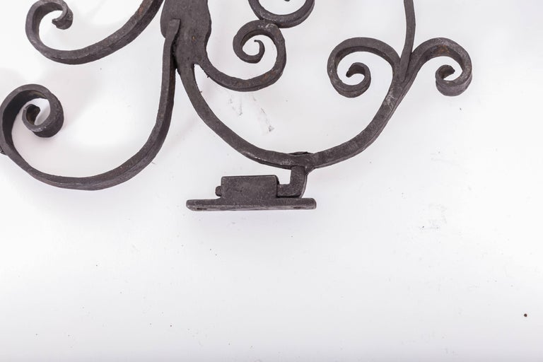 Gothic Pair of 17th Century European Hand-Forged Iron Wall Candle Sconces For Sale