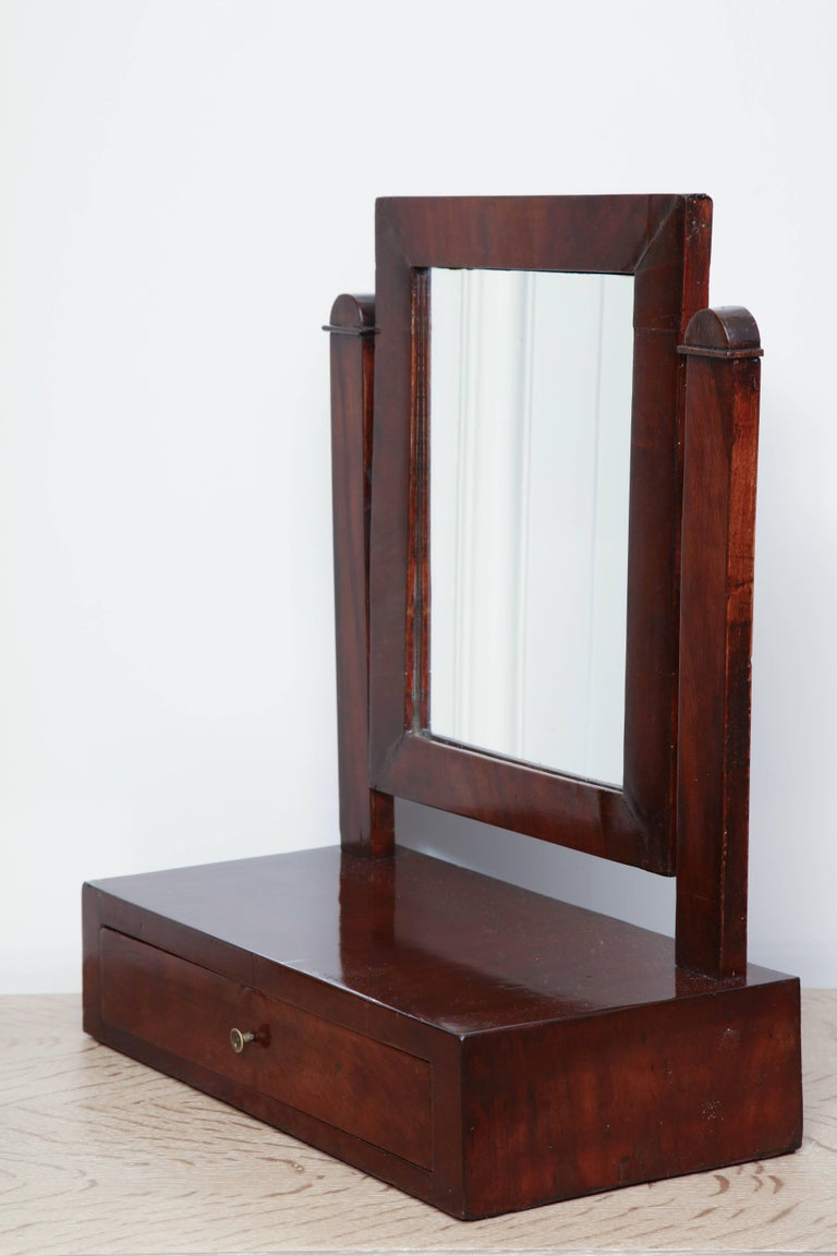 19th Century Tabletop Dressing Mirror In Excellent Condition For Sale In New York, NY