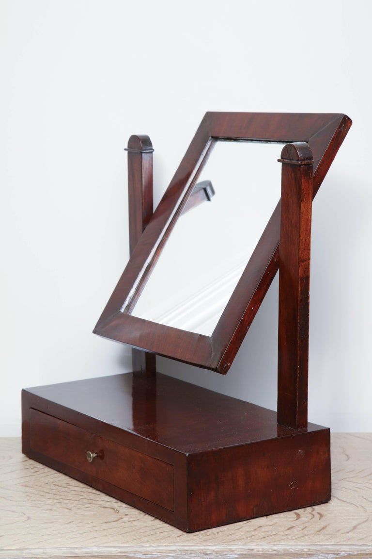 Mahogany 19th Century Tabletop Dressing Mirror For Sale