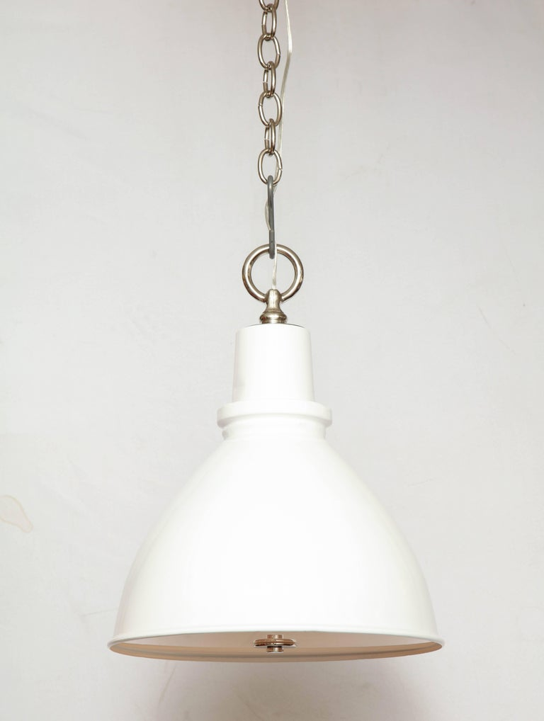 English Highlander Light with Diffuser White For Sale
