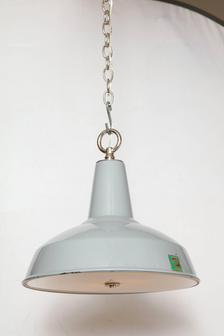 20th Century Vintage Benjamin Light with Diffuser For Sale