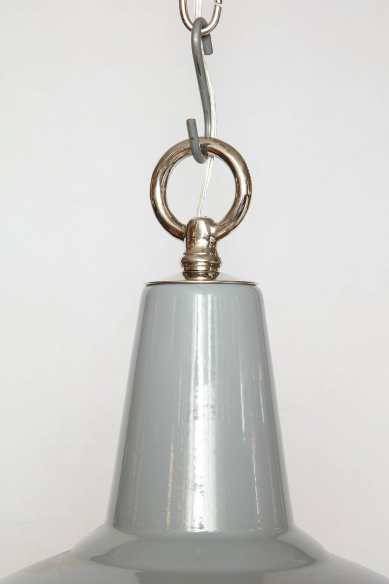 Vintage Benjamin Light with Diffuser For Sale 2