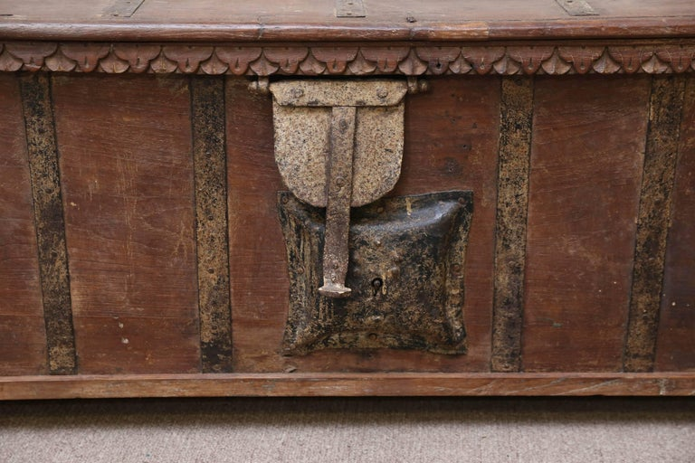 Anglo Raj 1820s Solid Teak Wood Dowry Chest from Central India For Sale