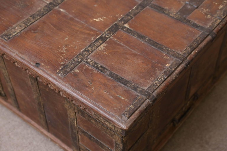 1820s Solid Teak Wood Dowry Chest from Central India In Good Condition For Sale In Houston, TX