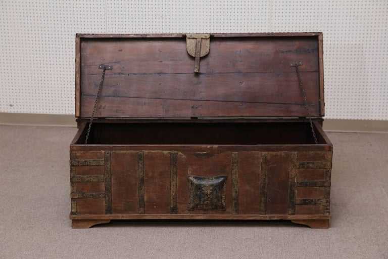 1820s Solid Teak Wood Dowry Chest from Central India For Sale 1